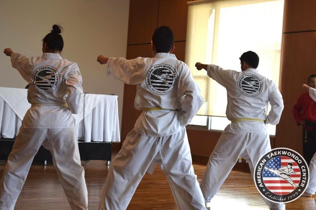 Muchos alumnos de nuestro grupo de adultos, han encontrado grandes beneficios en la práctica del American Taekwondo System.